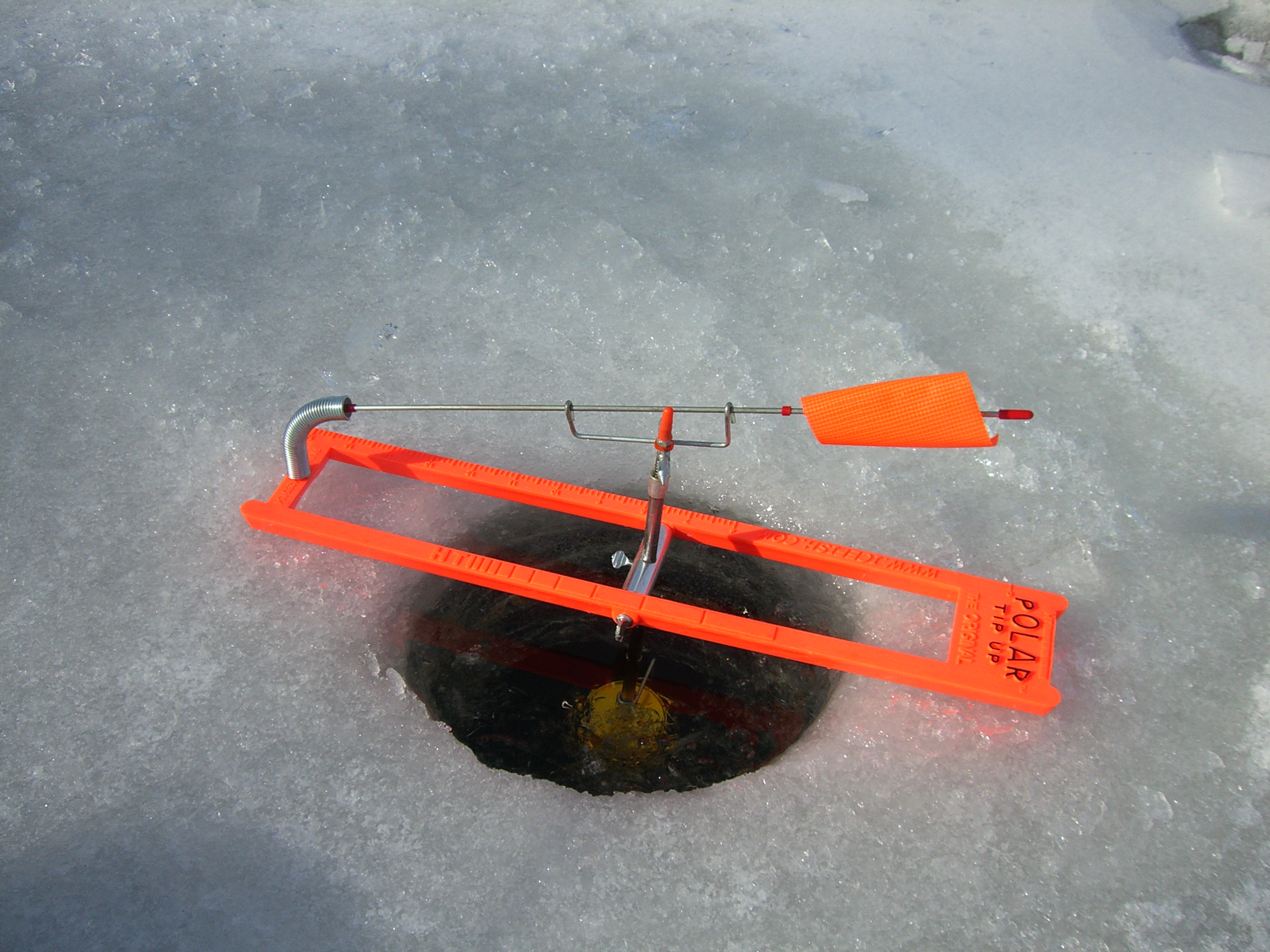 Ice ice fishing too cold too cold kid dynamite 39 s world for Best ice fishing tip ups